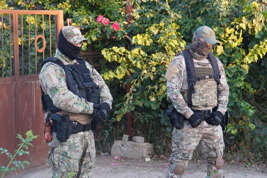 В окупованому Криму арештували журналіста та ще трьох кримських татар